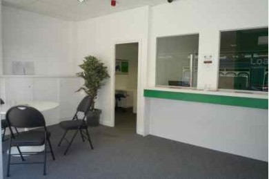 Empty Shop Retail Leasehold To Rent - Image 4