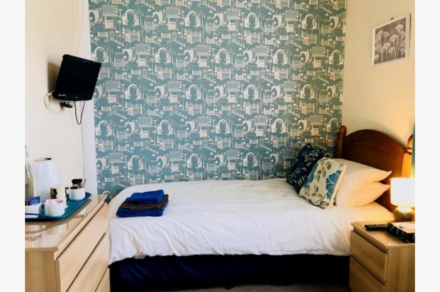 8 Bedroom Hotel Hotels Freehold For Sale - Image 6