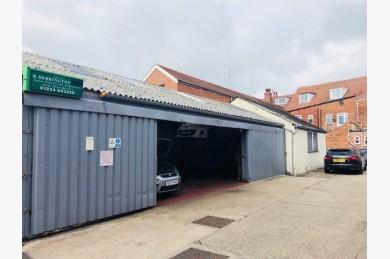 Warehouse/garage/workshop Industrial For Sale - Image 1