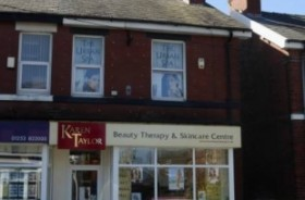 Hairdressers/tanning/beauty Retail Freehold For Sale - Main Image