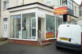 Empty Shop Retail Leasehold To Rent - Main Image
