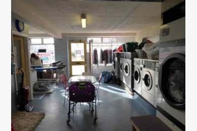 1 Bedroom Launderettes For Sale - Photograph 8