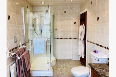 6 Bedroom Hotel Hotels Freehold For Sale - Image 4